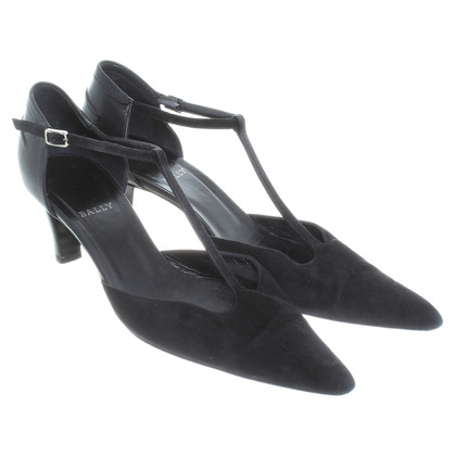 Bally Top Pumps in black