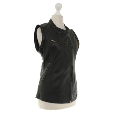 Gestuz Leather vest in black