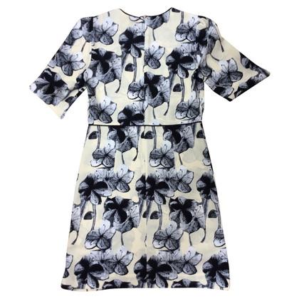 Marni zijden jurk met een bloemmotief