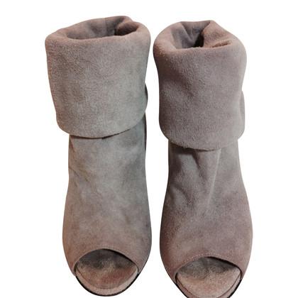 Acne stivali di camoscio