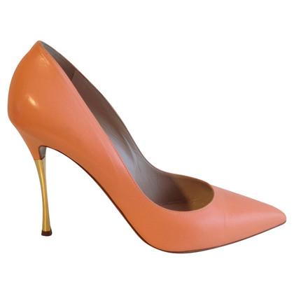 Nicholas Kirkwood Stilettos in apricot