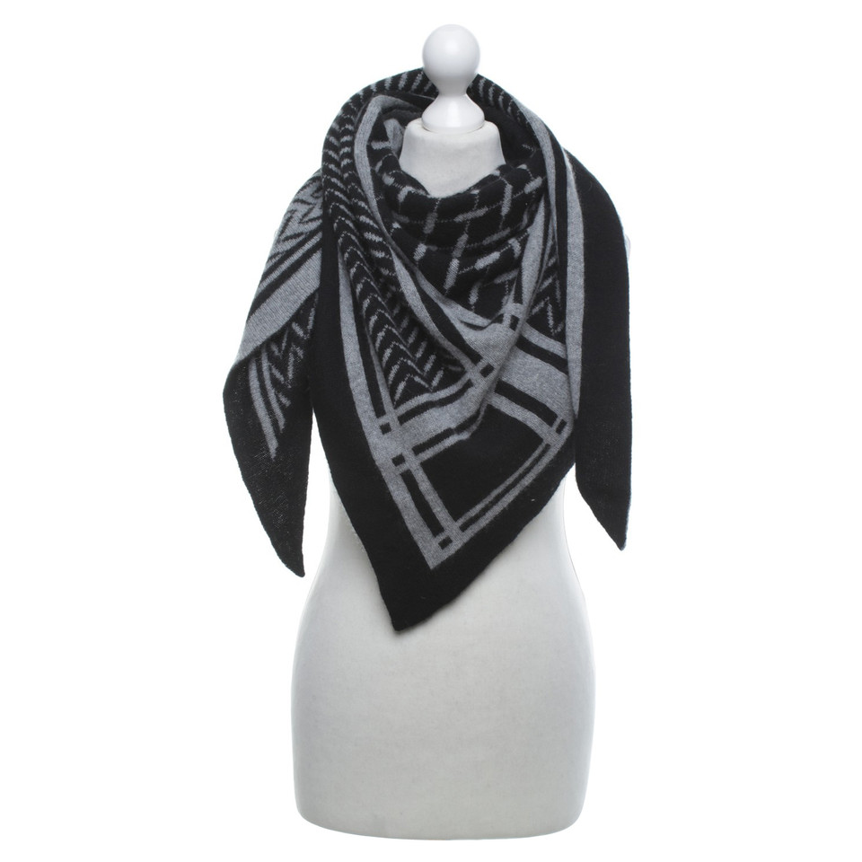 lala berlin cashmere scarf buy second hand lala berlin cashmere scarf for. Black Bedroom Furniture Sets. Home Design Ideas