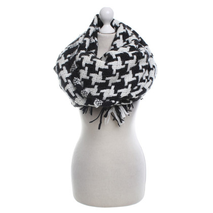 Moschino Cheap and Chic Scarf in black and white