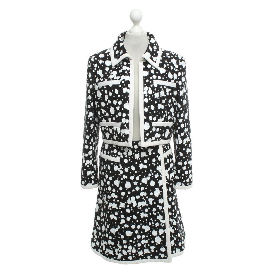 chanel costume en noir et blanc acheter chanel costume. Black Bedroom Furniture Sets. Home Design Ideas