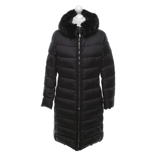 buy popular e5e78 d52e9 Moncler Piumino con rifiniture in pelliccia - Second hand ...
