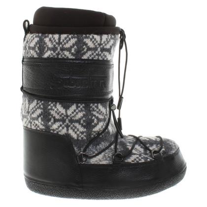Sebastian Boots with knit pattern