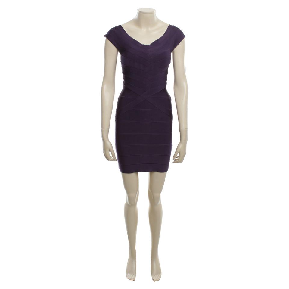 herv l ger kleid in violett second hand herv l ger kleid in violett gebraucht kaufen f r 489. Black Bedroom Furniture Sets. Home Design Ideas