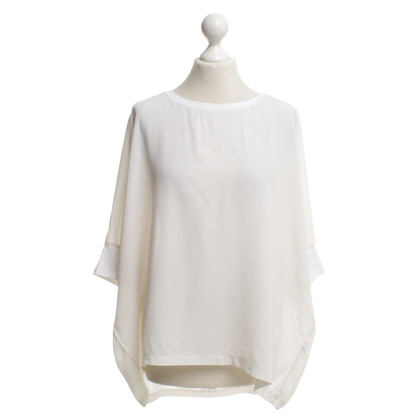 Closed Oversize Top in crème