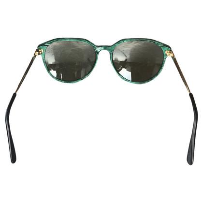Yves Saint Laurent Lunettes de soleil avec cadre vert