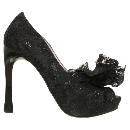 Escada Peep-toes in black