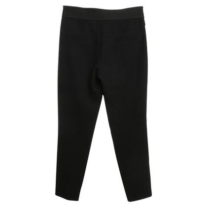 Strenesse zwarte broek