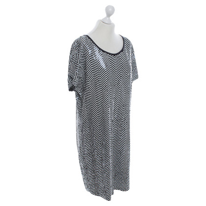 Michael Kors Sequin dress with zigzag pattern