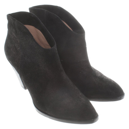 Belle by Sigerson Morrison Suede ankle boots