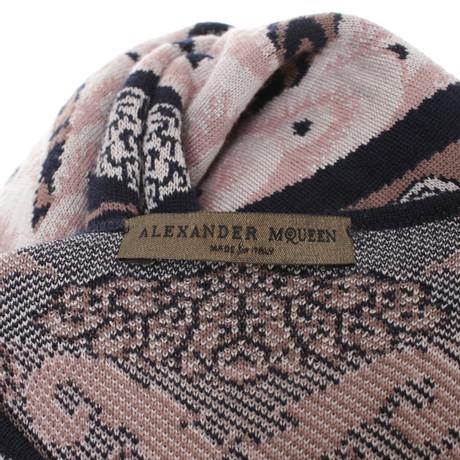 Alexander mit Strickkleid Strickkleid Muster Muster Bunt McQueen mit Bunt Alexander Muster Muster McQueen Alexander faq6gpxw