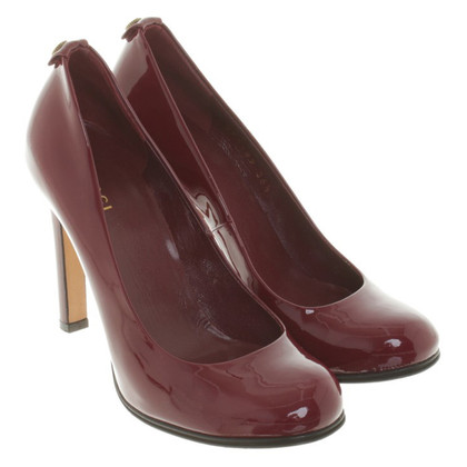 Gucci pumps patent leather
