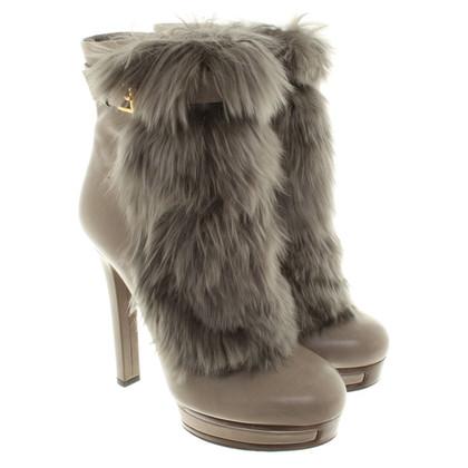 Gucci Stivali con pelliccia