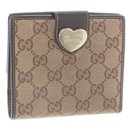 Gucci Wallet with heart clasp