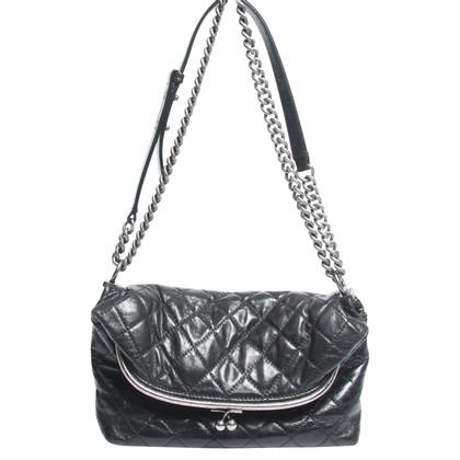 """Chanel """"Snuifdoos Kisslock Bag"""""""