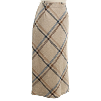 Aquascutum skirt in midi length