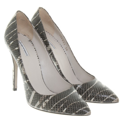 Armani pumps in reptielachtige look