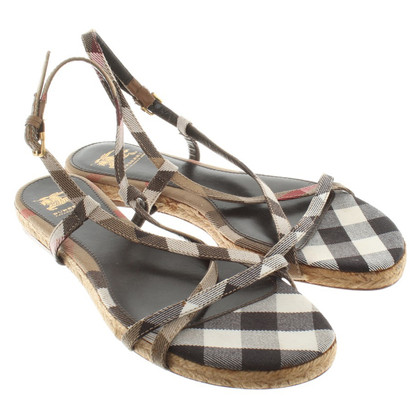 Burberry Sandals with diamond pattern