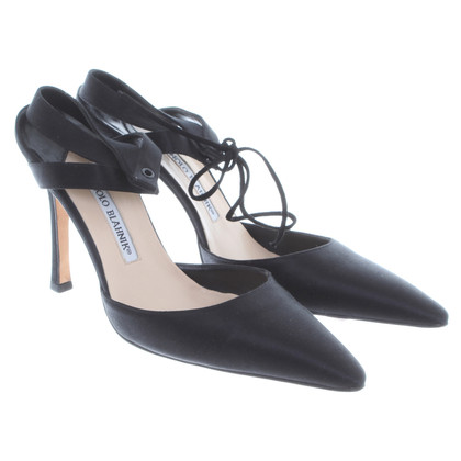Manolo Blahnik Pumps in Schwarz