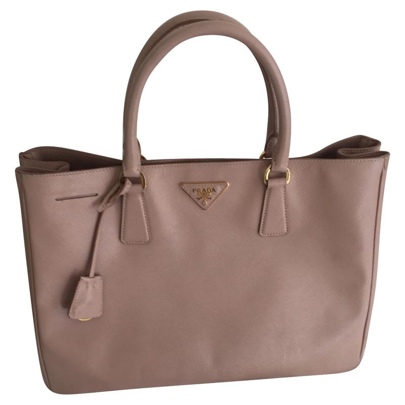 59de1bddf617 ... low price prada galleria bag 1c111 9e1d9 ...