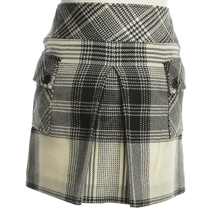Joseph Mini skirt in black / white plaid