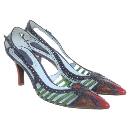 Bottega Veneta pumps con cintura colorata ornamentale