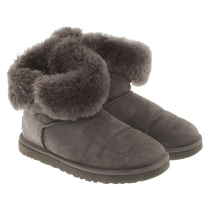 UGG Australia Lined boots in grey