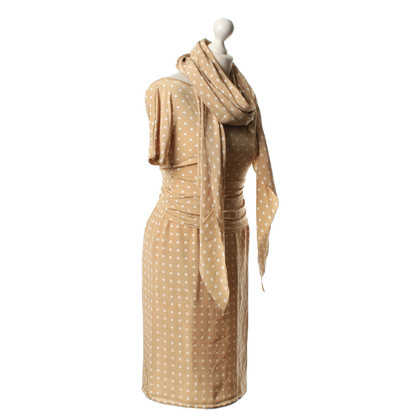 Max Mara Ensemble with points-pattern