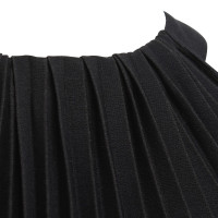 Max Mara Pleated dress in black