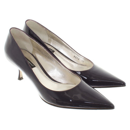 Dolce & Gabbana pumps made of lacquered leather