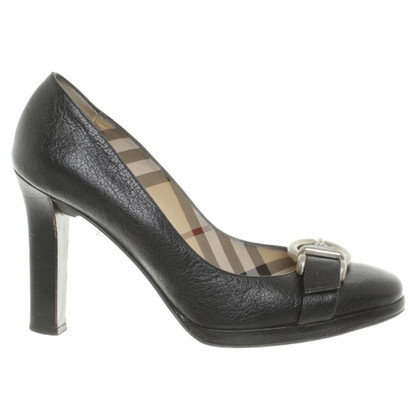 Burberry pumps black leather