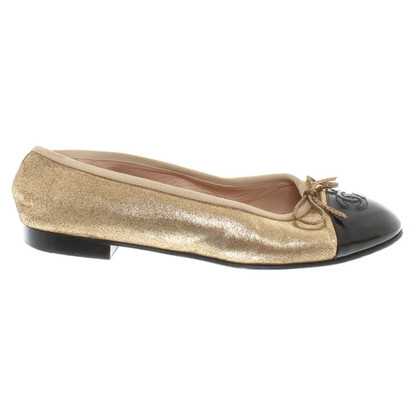 Chanel Ballerinas in gold color / black