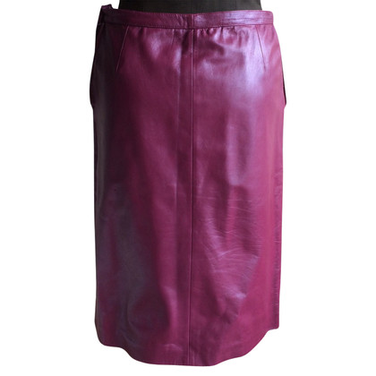 Emanuel Ungaro skirt made of leather