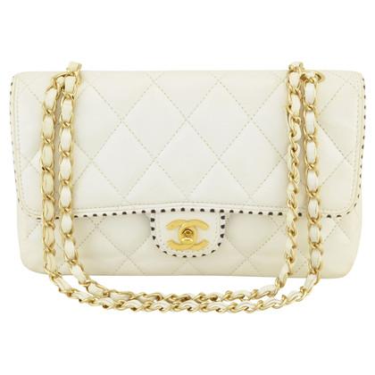 "Chanel ""Classic Flap Bag Medium"""