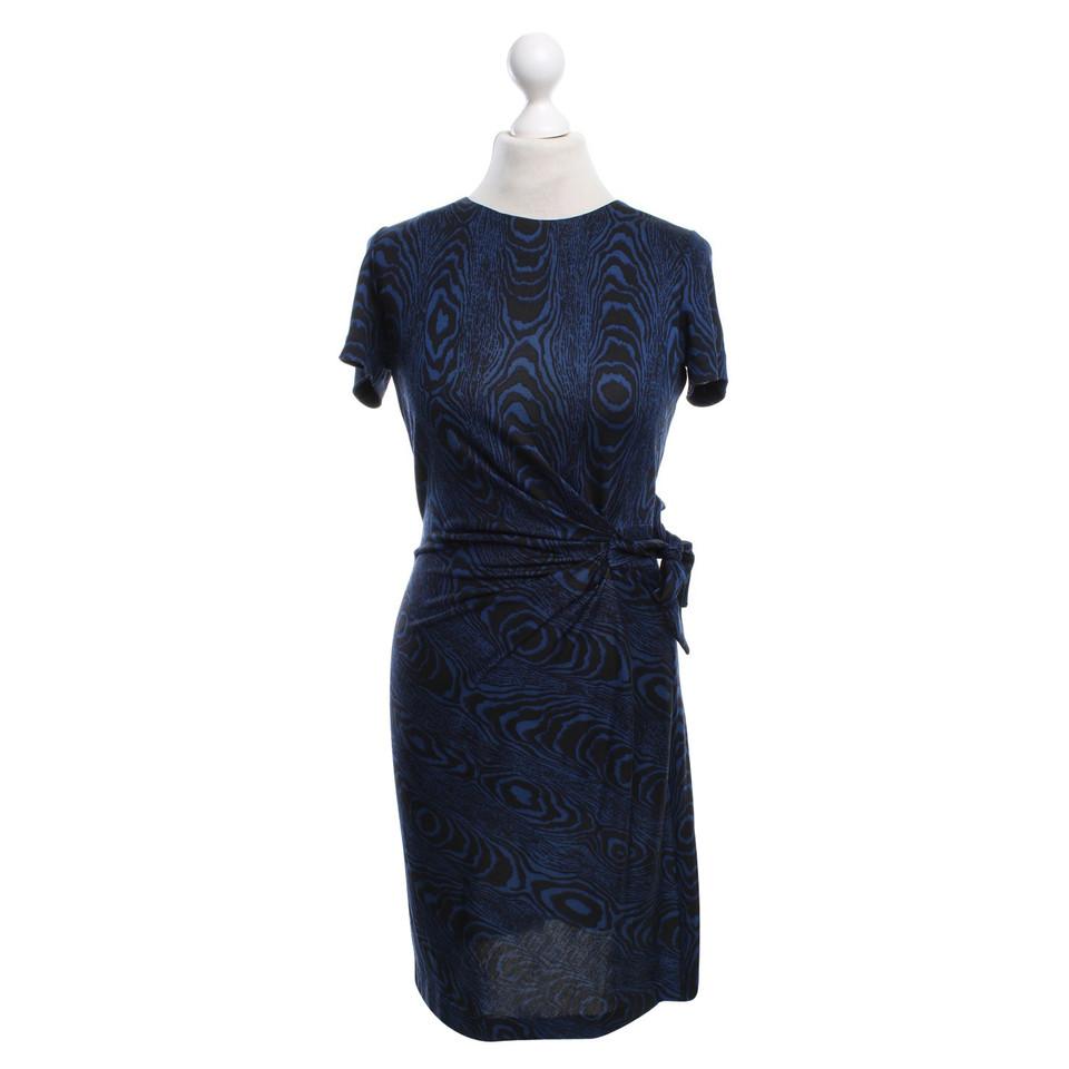 diane von furstenberg motif robe portefeuille acheter diane von furstenberg motif robe. Black Bedroom Furniture Sets. Home Design Ideas