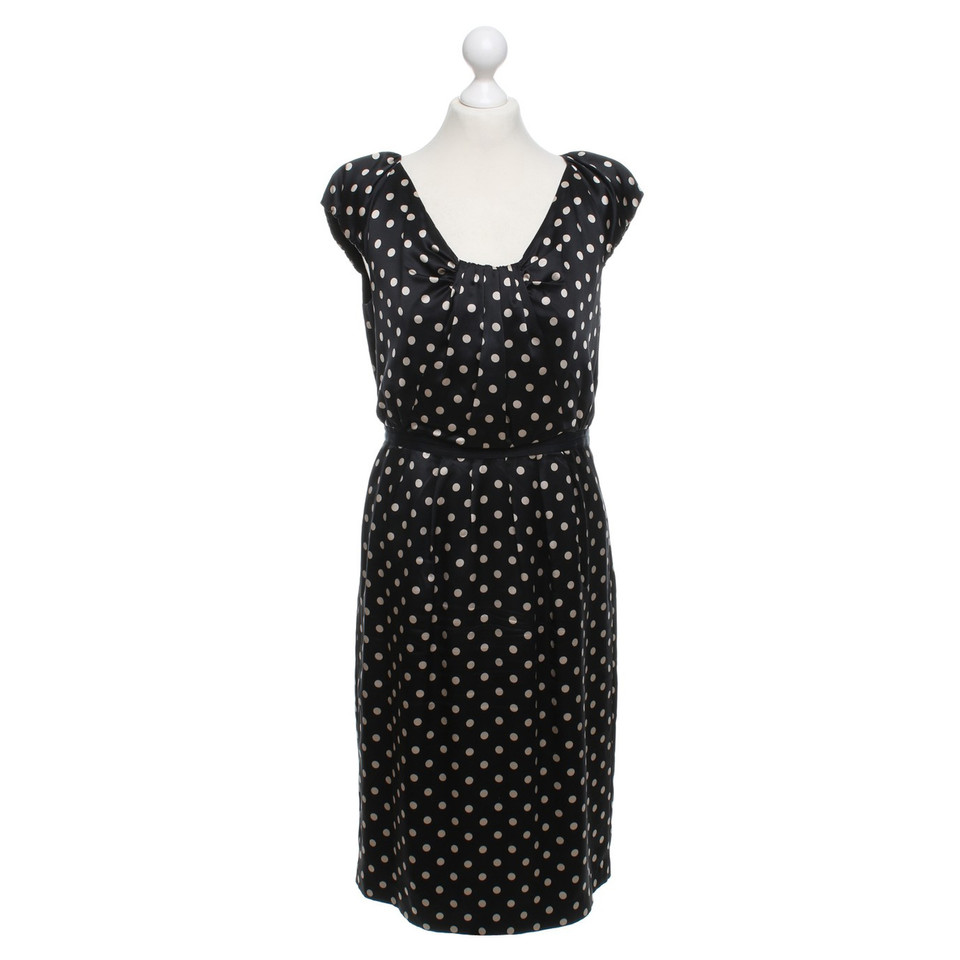 l k bennett kleid mit polka dots second hand l k bennett kleid mit polka dots gebraucht. Black Bedroom Furniture Sets. Home Design Ideas