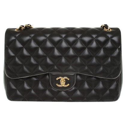 "Chanel ""Classic Flap Bag"" in zwart"