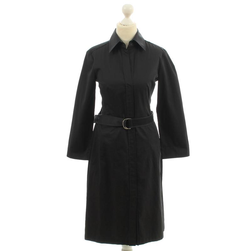 hugo boss robe chemise en noir acheter hugo boss robe chemise en noir second hand d 39 occasion. Black Bedroom Furniture Sets. Home Design Ideas