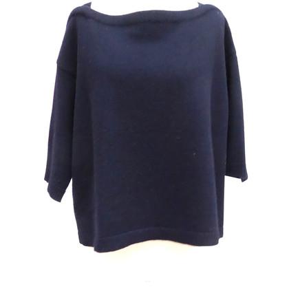Valentino Cashmere sweater in box shape