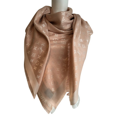 80589cf32b7e Louis Vuitton Scarves and Shawls Second Hand  Louis Vuitton Scarves ...