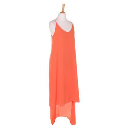 BCBG Max Azria Vestito a tracolla in arancione
