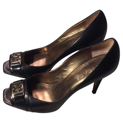 Escada Black leather peep-toes
