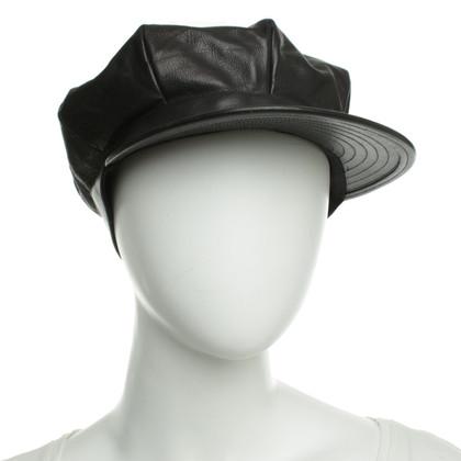 Miu Miu Cap in Black