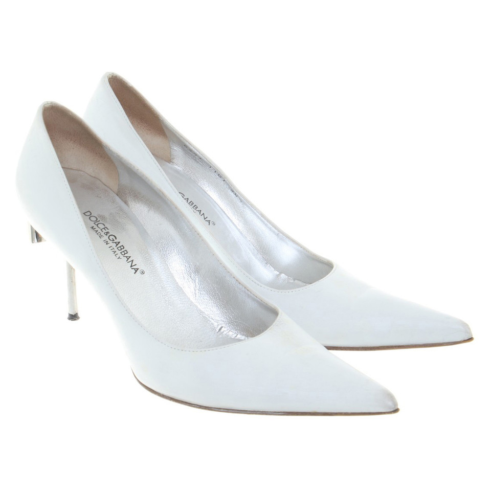 Dolce & Gabbana pumps in white