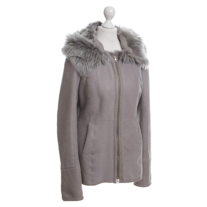 Hugo Boss Lammfelljacke in Grau