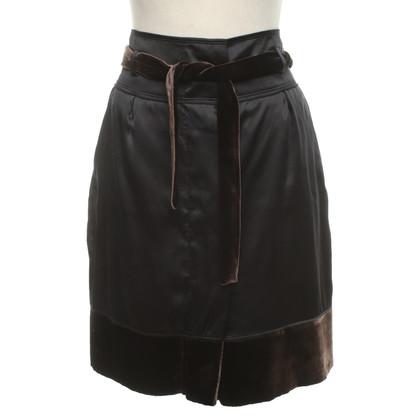 Hugo Boss skirt made of silk