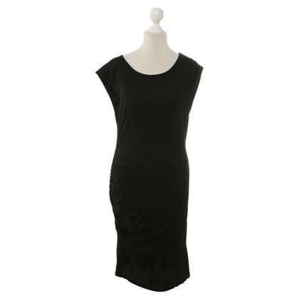 Velvet Zwarte Jersey jurk